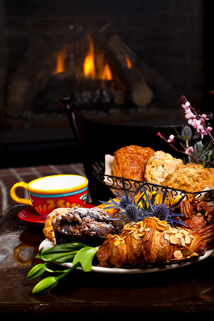 urth_fireplace_pastries